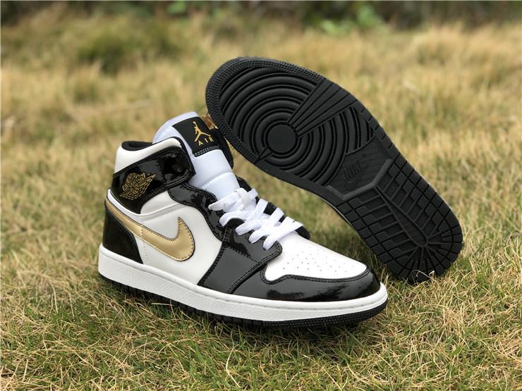Air Jordan 1 Mid Patent 'Black Gold'